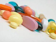 đặt thuốc viêm âm đạo